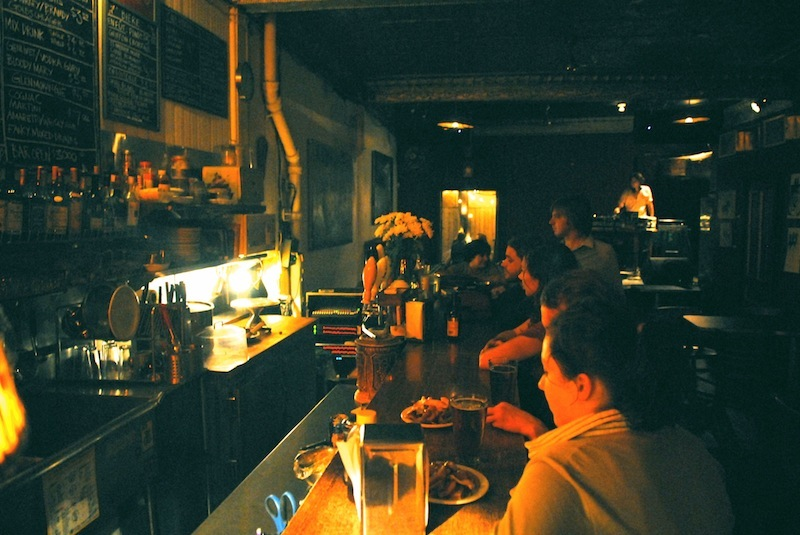 Best bars with bands in montreal for Divan montreal