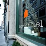 <!--:en-->Le Petit Hotel & Café: A Traveler's Choice<!--:-->
