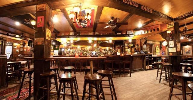 Mckibbins Irish Pub_Montreal1