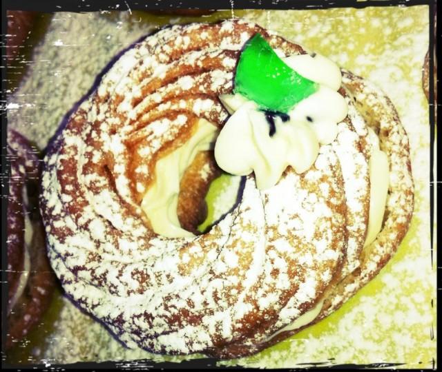 Patisserie Alati Montreal bakery zeppole