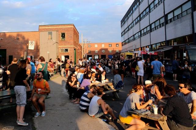 Cuisine de rue marche de nuit montreal (5)