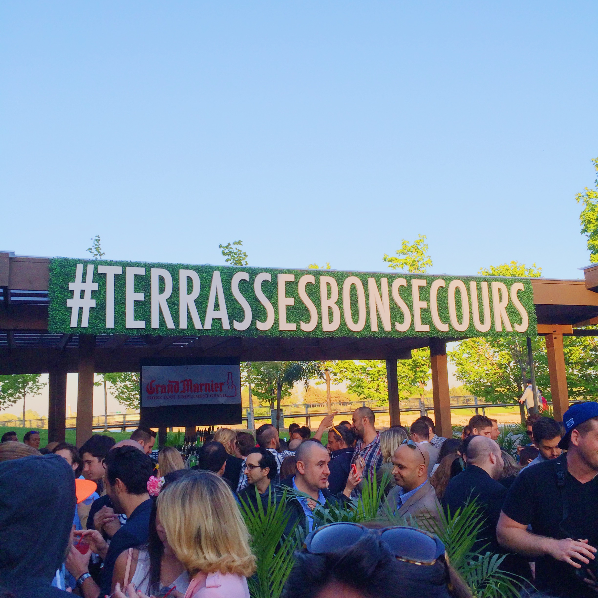 Terrasses Bonsecours Montreal Nightclub Bar (14)