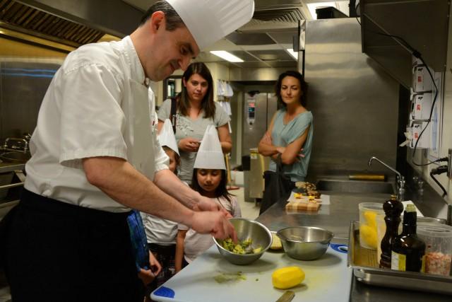 Food Revolution Day Restaurant Renoir Montreal (4)