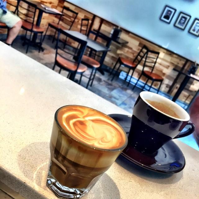 Caffe San Simeon Little Italy Montreal (2)