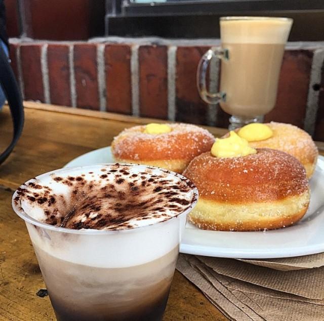 Caffe San Simeon Little Italy Montreal (8)