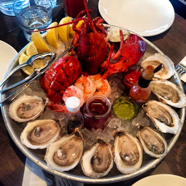 Lucille's Oyster Dive_Montreal_Montreal Food Divas_2