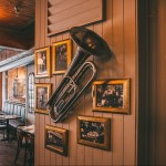Modavie: Old School Jazz, Wine, and Delectable Eats