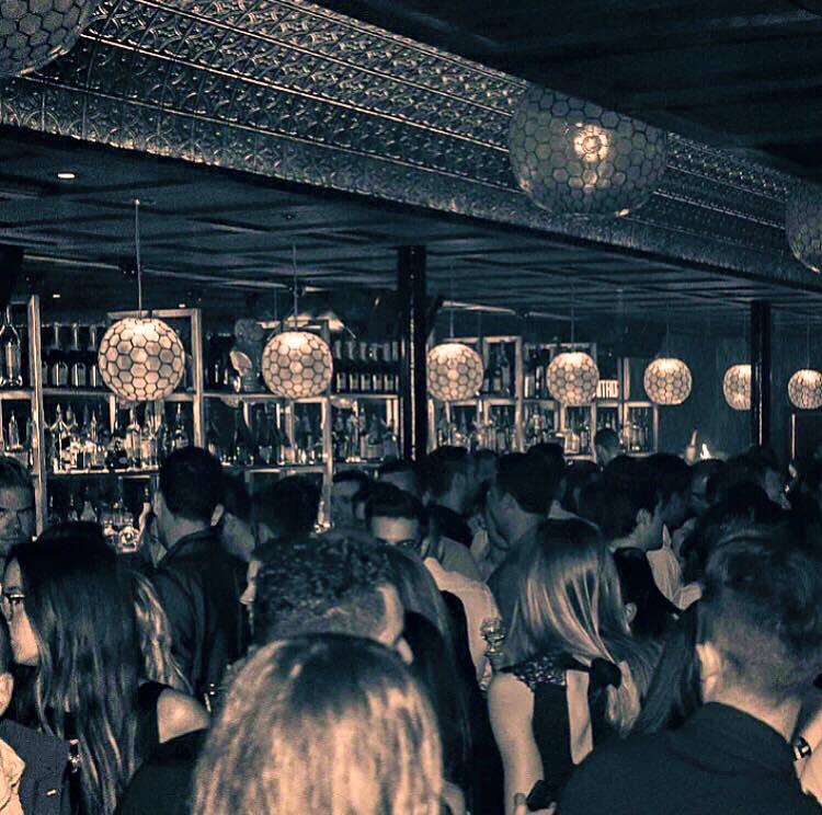 Somwhr Liquor Lounge Montreal (2)