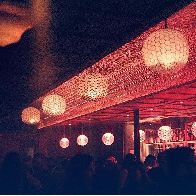 Somwhr Liquor Lounge Montreal (5)