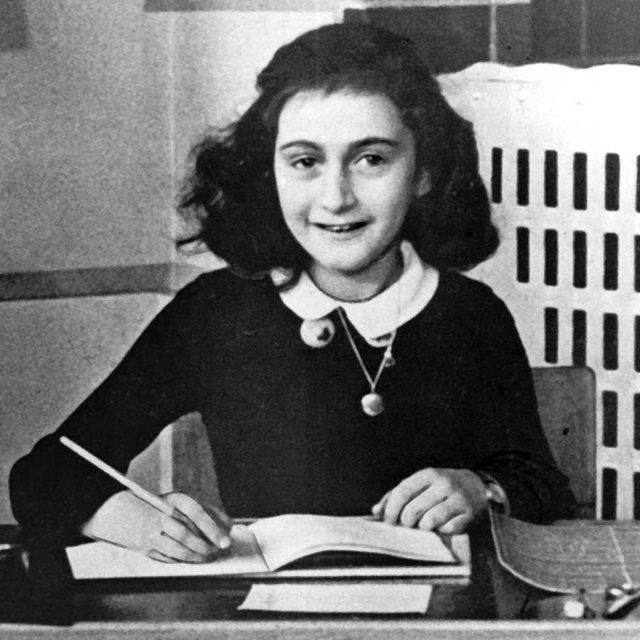 Anne-Frank- the secret annex montreal
