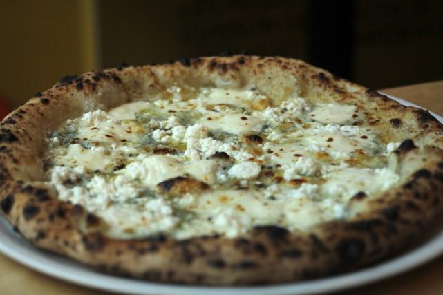 Brigade Pizzeria Foodora Montreal Delivery