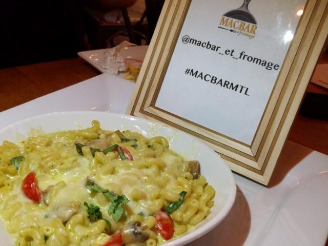 Macbar Montreal Restaurant (11)