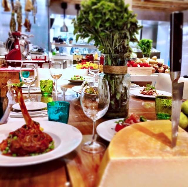 Restaurant MKT Montreal (2)