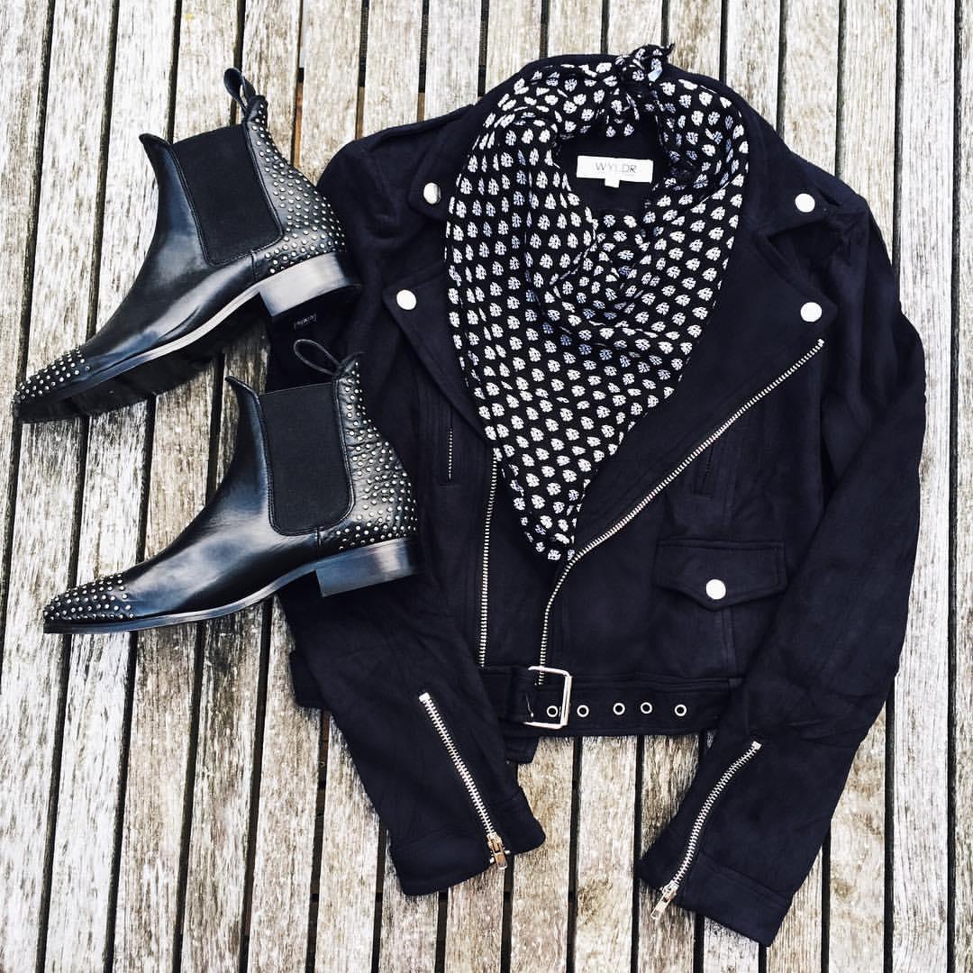 nouveau-noir-october-clothing-drive-montreal-4
