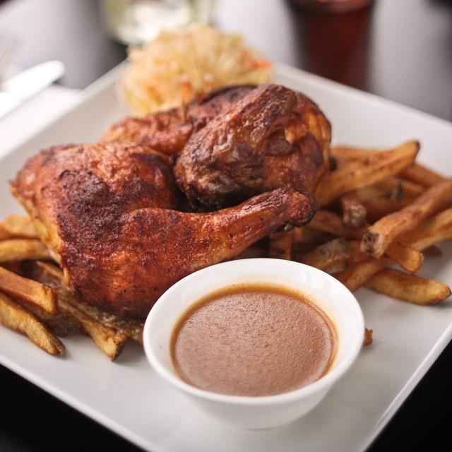 un-autre-restaurant-montreal-grilled-rotisserie-bbq-chicken-guide