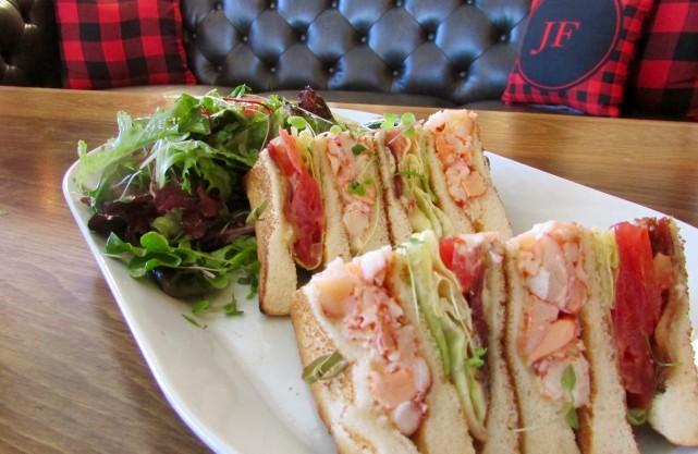 jerry-ferrer-montreal-restaurant-7