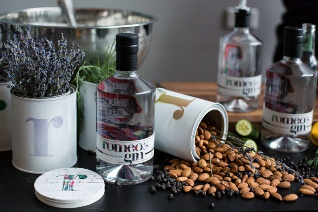 romeos-gin-montreal-gift-guide