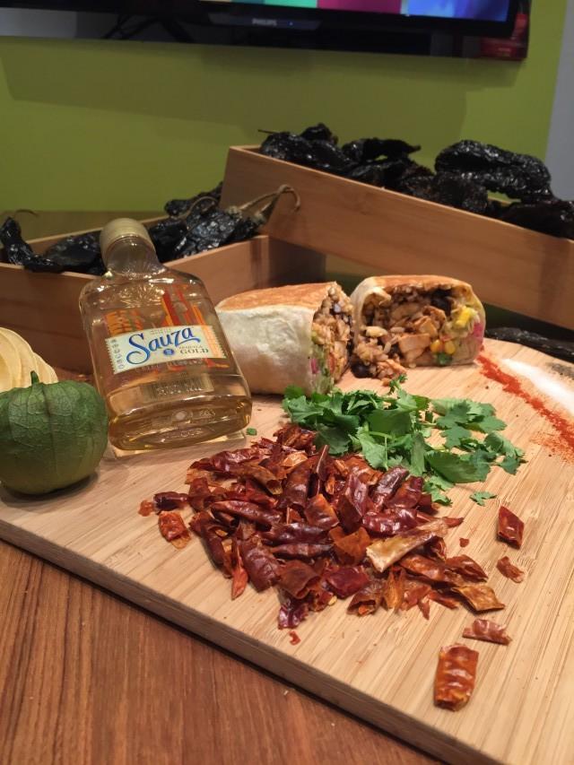 Quesada burritos and tacos mexican restaurant montreal (3)