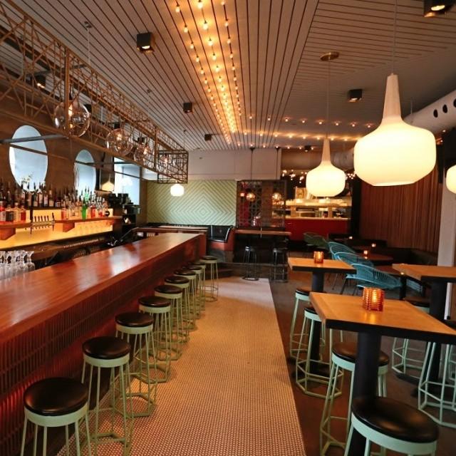 mtl bar + resto montreal restaurant (12)