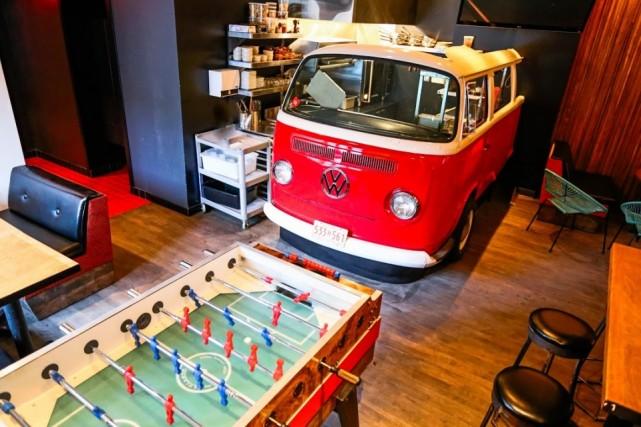 mtl bar + resto montreal restaurant (9)