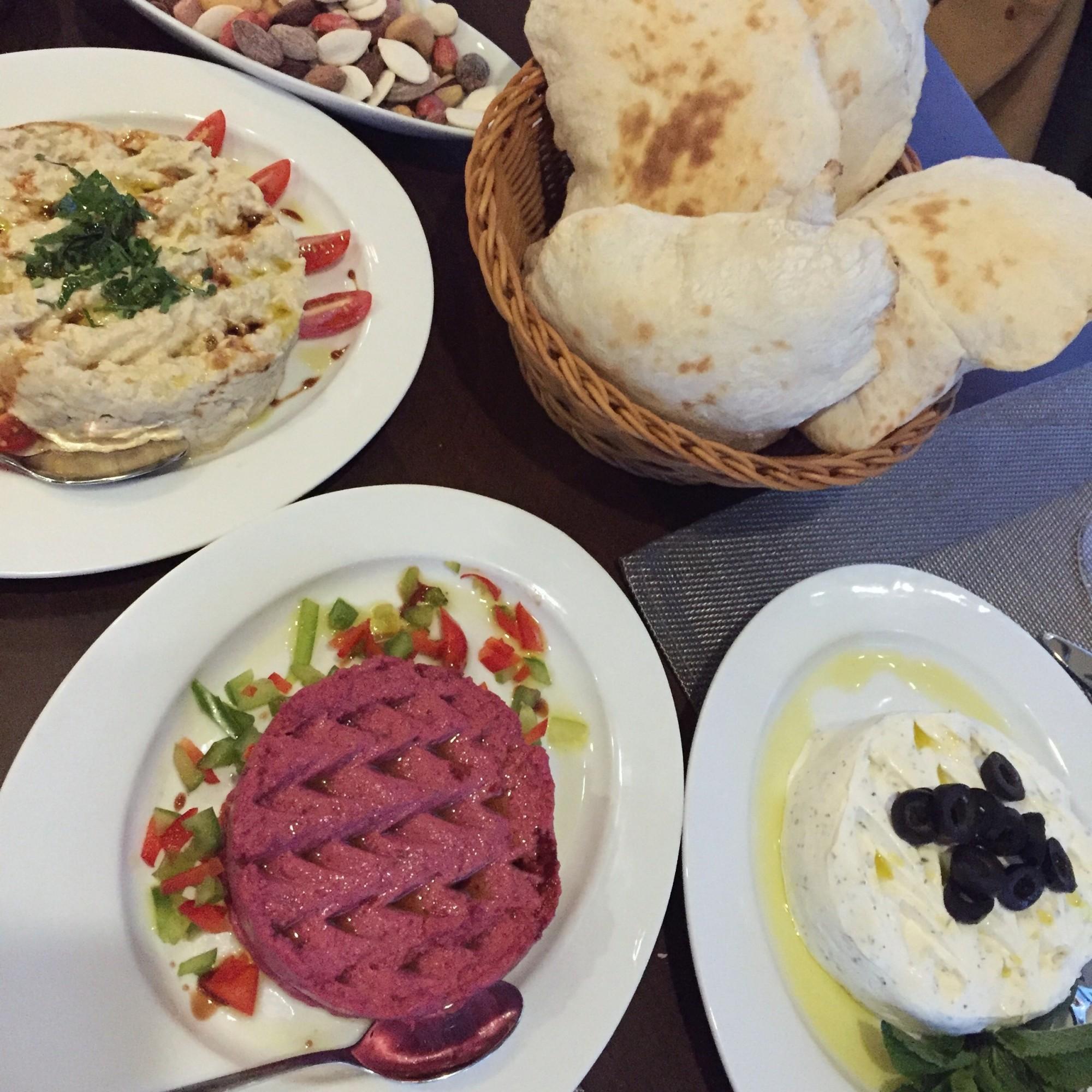 Beroya syrian restaurant laval 5