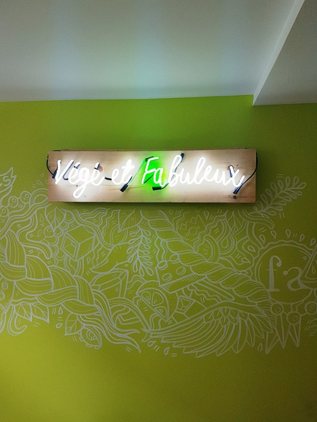 falafel avenue mount royal montreal new location vegan vegetarian 8