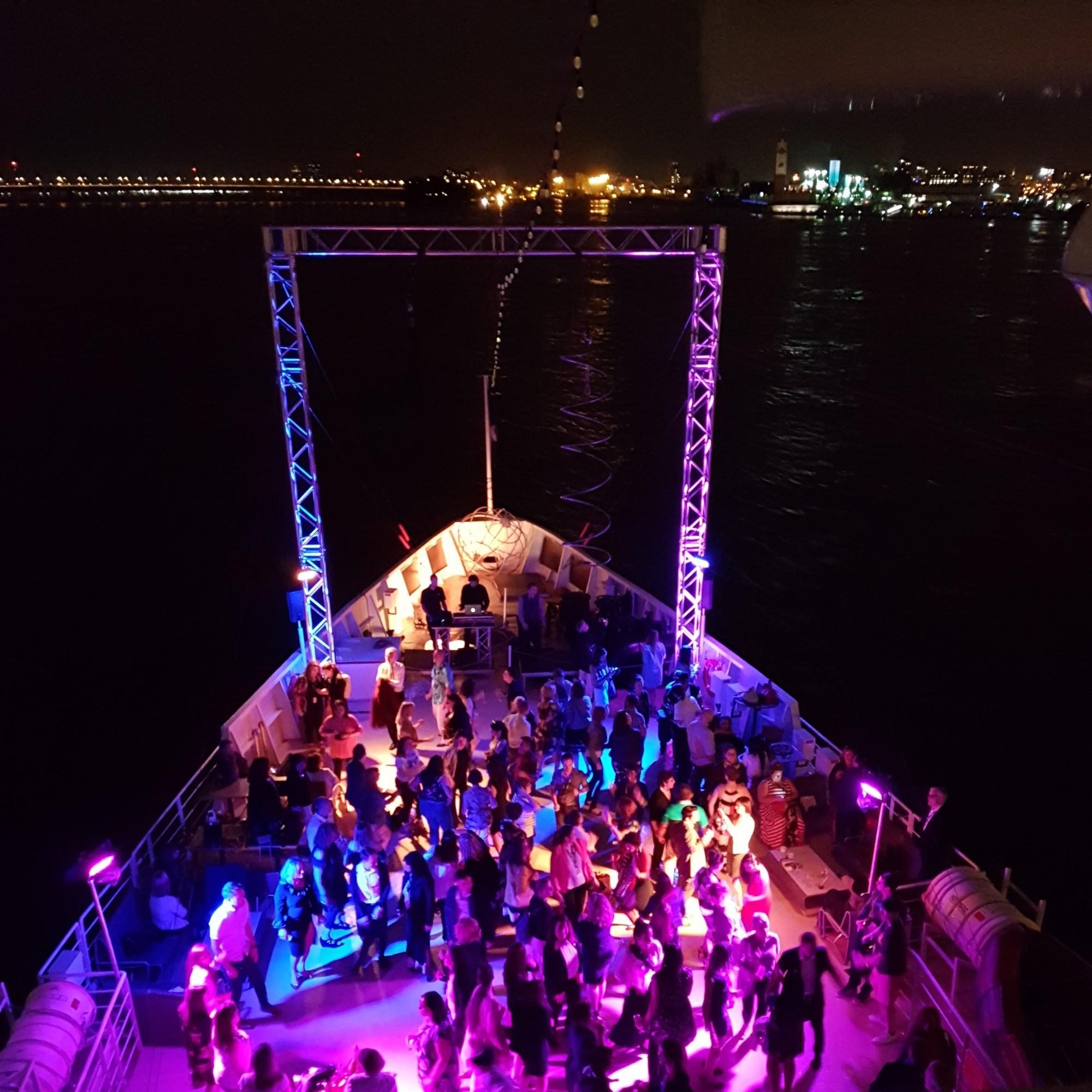 croisieres aml montreal cruise 12