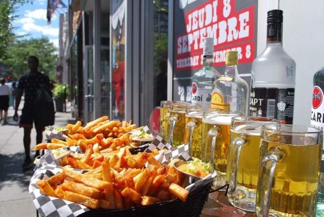 moose bawr montreal bar downtown 1