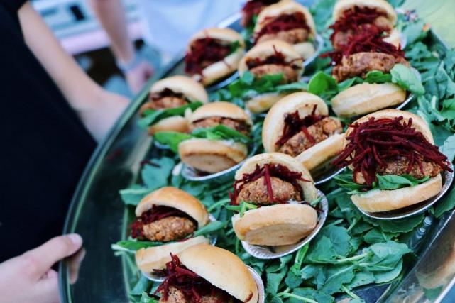 vertu bar sante salad health food restaurant montreal 10