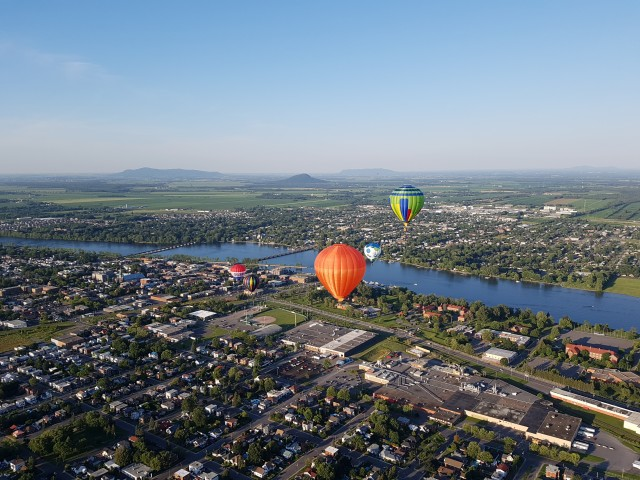 hot air balloon festival montreal 4