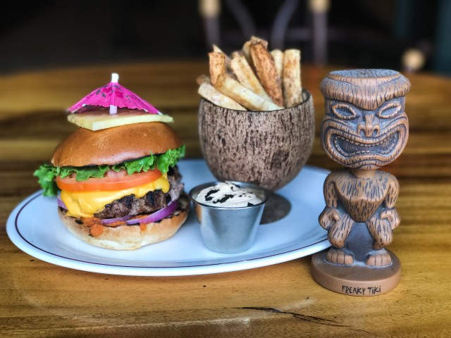 le burger week 2017 montreal monsieur tiki bar