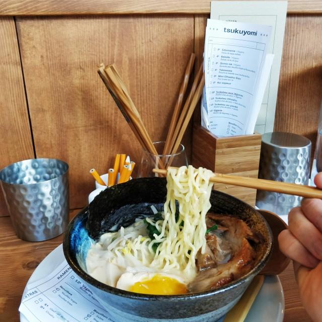 tsukuyomi-pork-tonkotsu2-RC montreal ramen