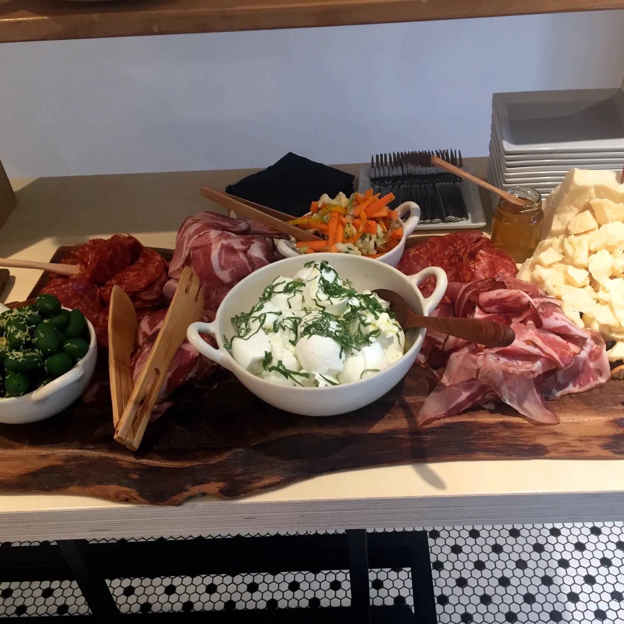 porco restaurant porchetta ndg montreal 1