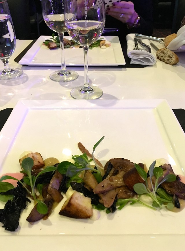 Casino Mont-Tremblant_Altitude Restaurant_Table DHote Mushroom Appetizer (TH)