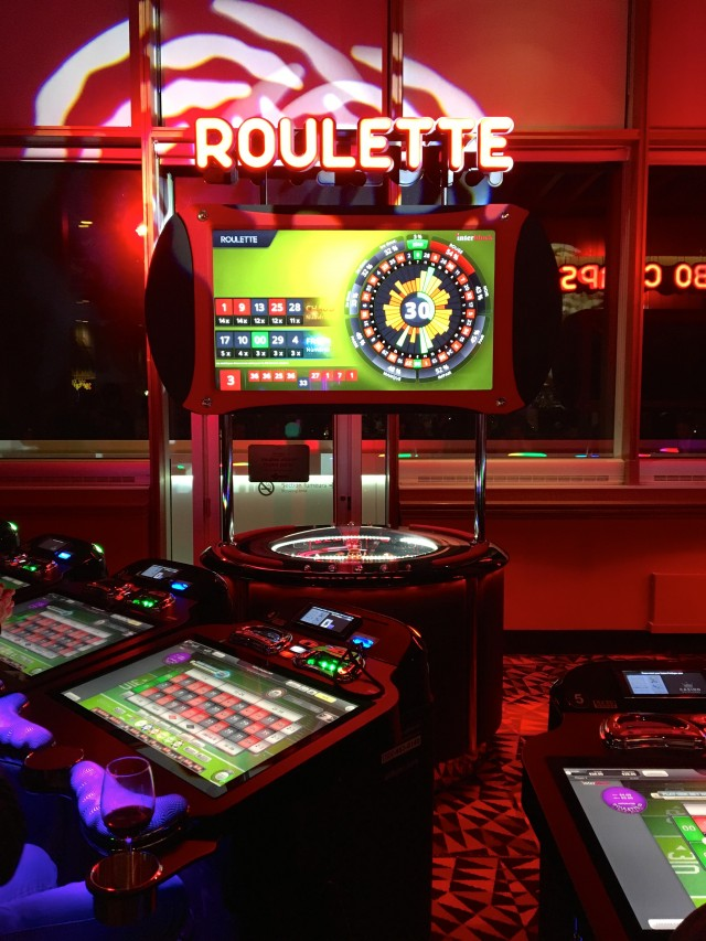 Casino Mont-Tremblant_Roulette section (TH).jpg