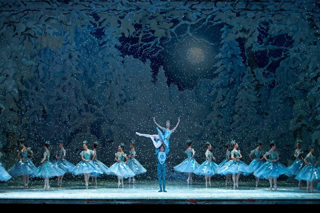 the nutcracker les grands ballets montreal show