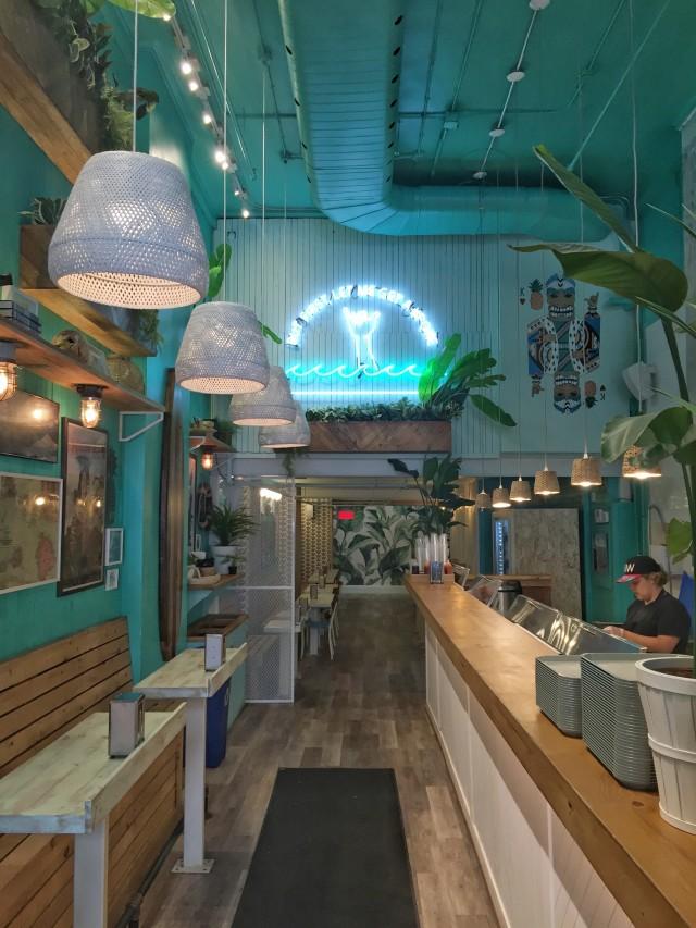 koa lua montreal poke restaurant 7