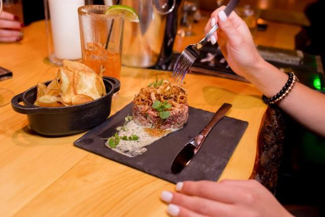 le saint moose montreal restaurant bar 1
