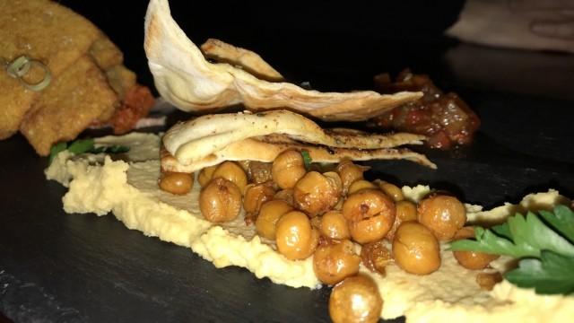 le saint moose montreal restaurant bar 7
