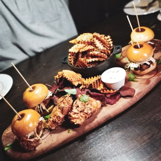 chicken sliders-fish n chips - waffle chips - RC