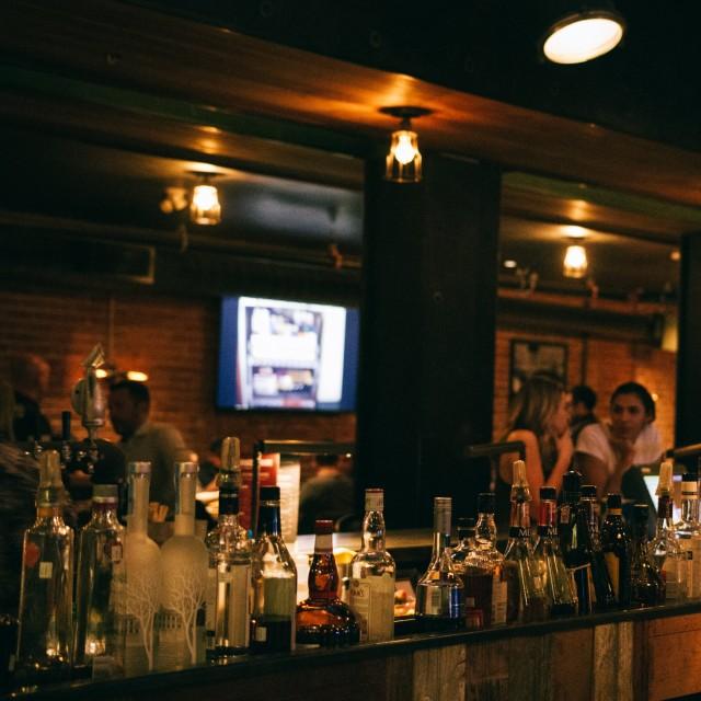 dragon and dame montreal bar restaurant 2