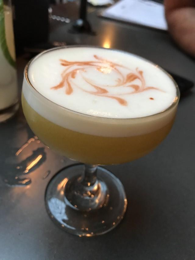dragon and dame montreal bar restaurant 7