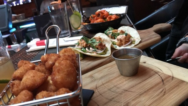 dragon and dame montreal bar restaurant 9