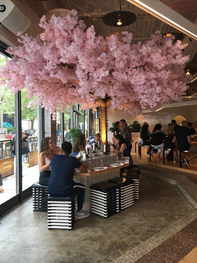 le blossom bar terrace restaurant montreal 1