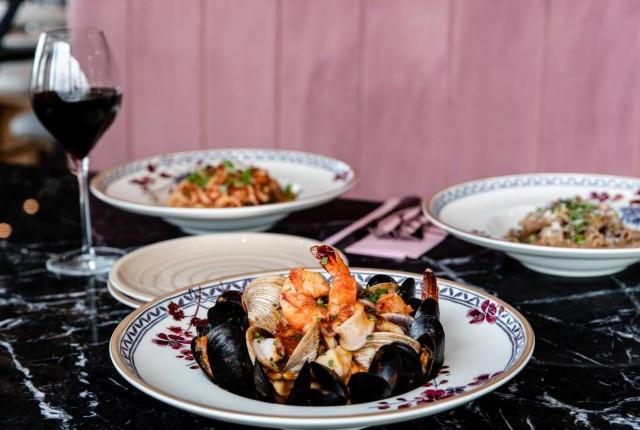 Gatto Matto Laval restaurant italian 2