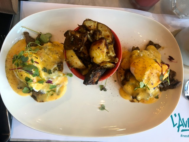 Steak and eggs benedict_TH